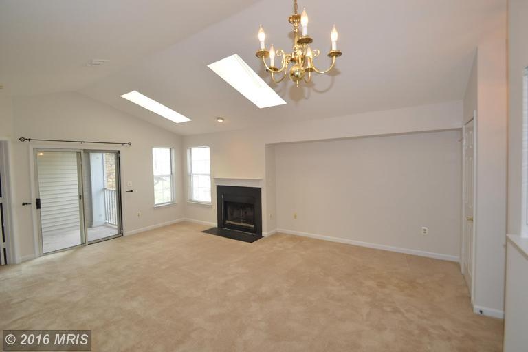 5616 Willoughby Newton Drive #34, Centreville, VA 20120