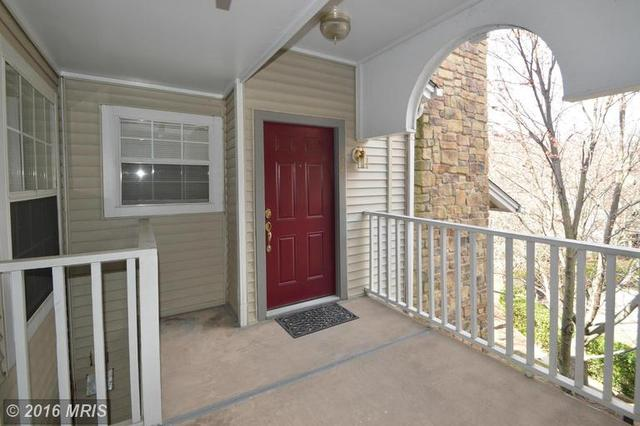5616 Willoughby Newton Dr #34, Centreville, VA 20120
