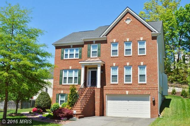8065 Winstead Manor Ln, Lorton, VA