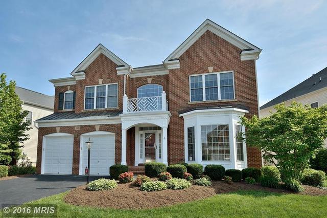 13653 Sweet Woodruff Ln, Centreville, VA 20120