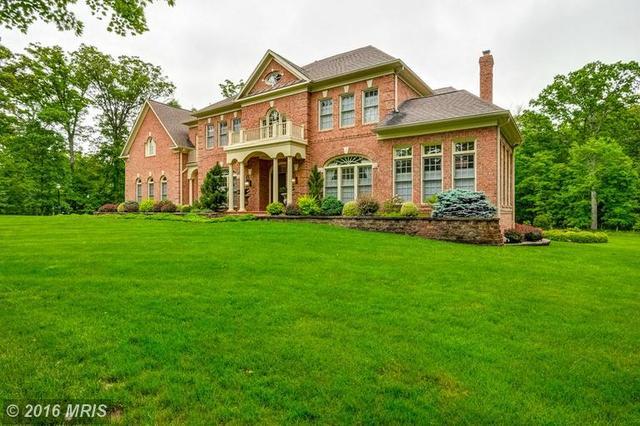 15627 Jillians Forest Way, Centreville, VA 20120