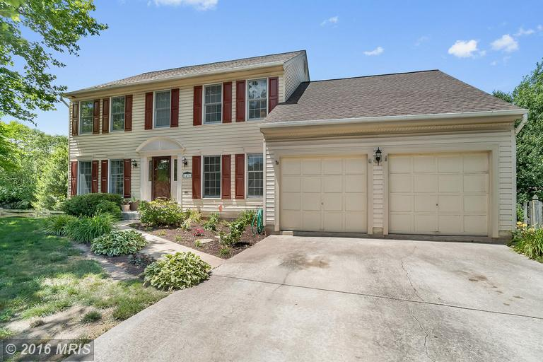 1436 Millikens Bend Road, Herndon, VA 20170