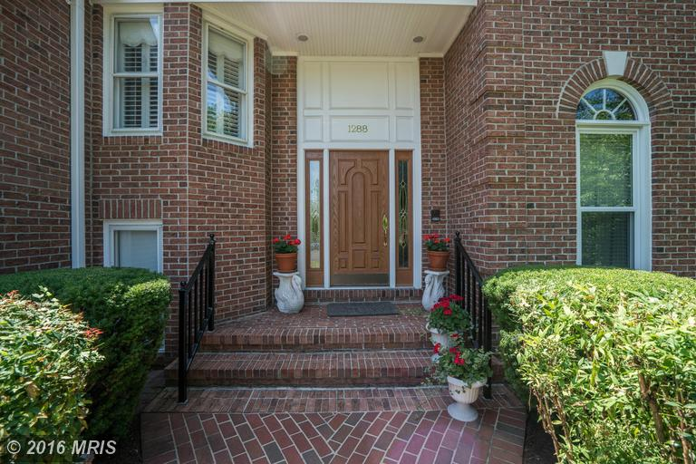 1288 Difficult Run Court, Vienna, VA 22182