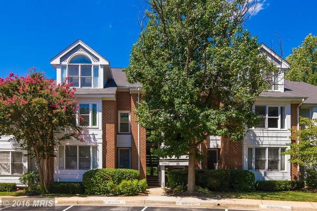 7592 Lakeside Village Dr #J, Falls Church, VA 22042