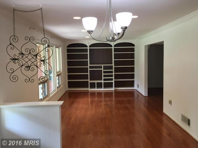 5371 Gainsborough Drive, Fairfax, VA 22032