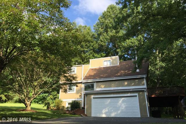 12210 Henderson Rd, Clifton, VA 20124