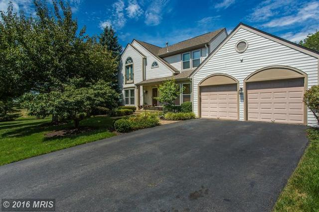 4530 Waverly Crossing Ln, Chantilly, VA 20151