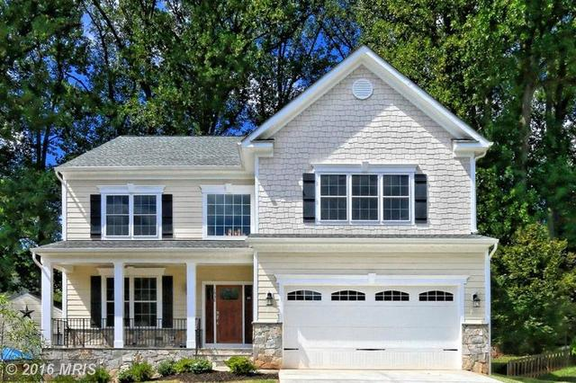 1938 Anderson Rd, Falls Church, VA 22043