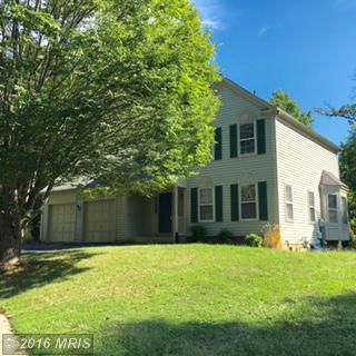 6455 Woodmere Pl, Centreville, VA 20120