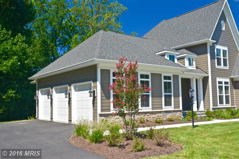 3736 Pilgrim Green Way, Fairfax, VA 22033