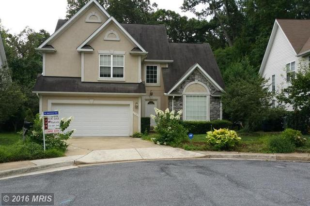 2789 Devonshire Garden Ct, Falls Church, VA 22042