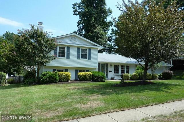 8234 Smithfield Ave, Springfield, VA 22152