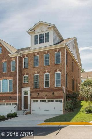 2090 Hutchison Grove Ct, Falls Church, VA 22043