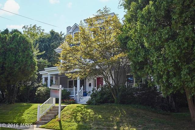 2816 Cameron Rd, Falls Church, VA 22042