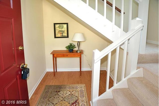 10078 Oakton Terrace Rd #10078, Oakton, VA 22124