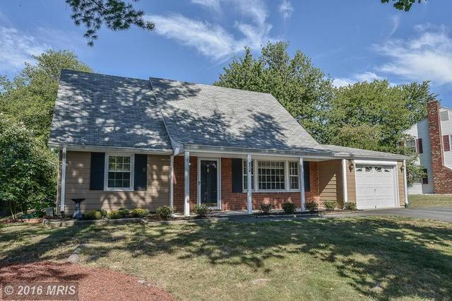 4014 Middle Ridge Dr, Fairfax, VA 22033