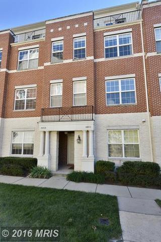4440 Beechstone Ln #B, Fairfax, VA 22033