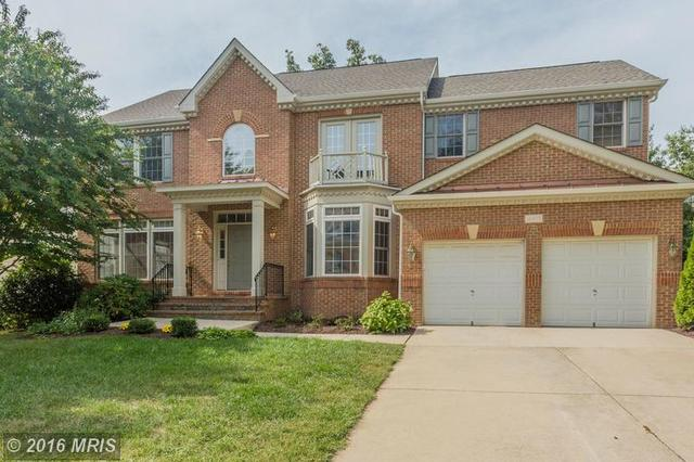 12975 Highland Oaks Ct, Fairfax, VA 22033