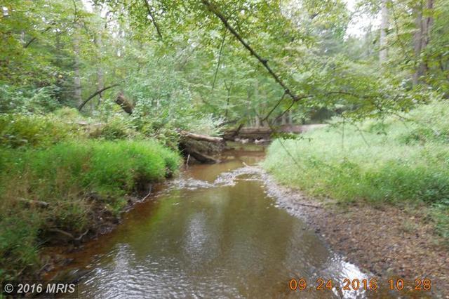 996 Millwood Ln, Great Falls, VA 22066