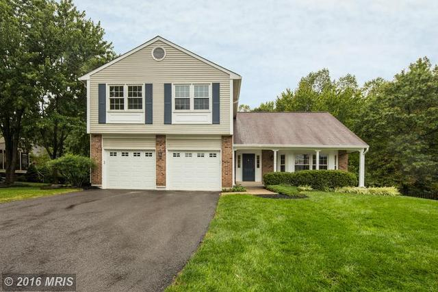 4604 Sand Rock Ln, Chantilly, VA 20151