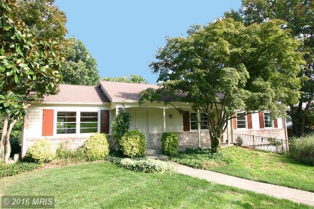 7215 Park Terrace Dr, Alexandria, VA 22307