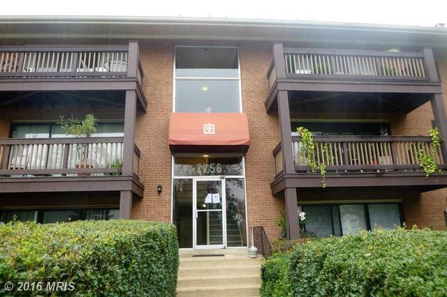 2756 Hollywood Rd #202, Falls Church, VA 22043