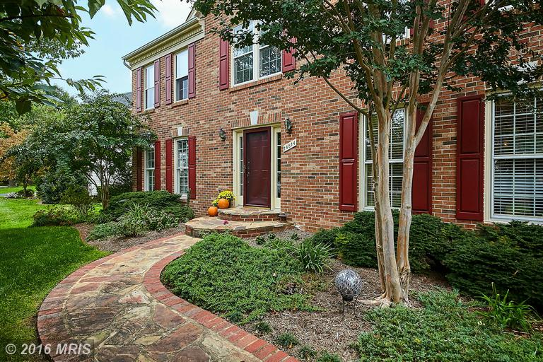 14814 Hunting Path Place, Centreville, VA 20120