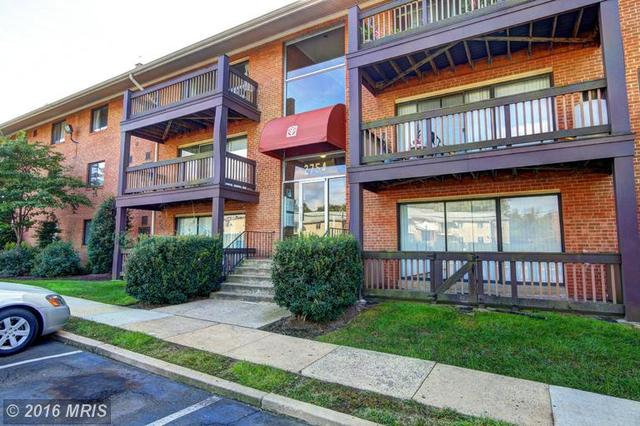 2754 Hollywood Rd #104, Falls Church, VA 22043