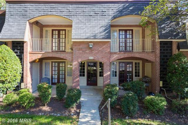 8114 Colony Point Rd #235, Springfield, VA 22152