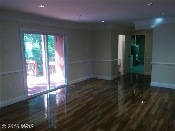 10634 John Ayres Drive, Fairfax, VA 22032
