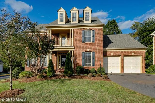 11601 Forest Hill Ct, Fairfax, VA 22030