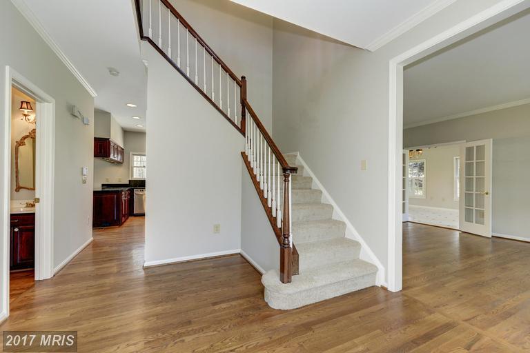 15500 Meherrin Drive, Centreville, VA 20120