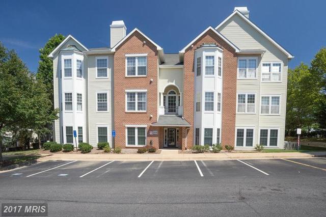 4138 Fountainside Ln #A203, Fairfax, VA 22030