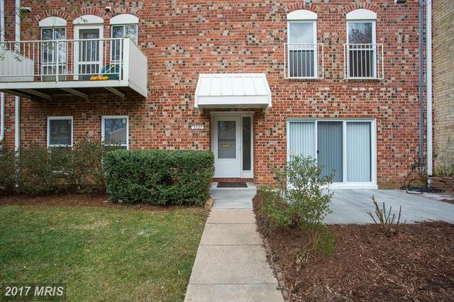 3727 Persimmon Cir #0000, Fairfax, VA 22031