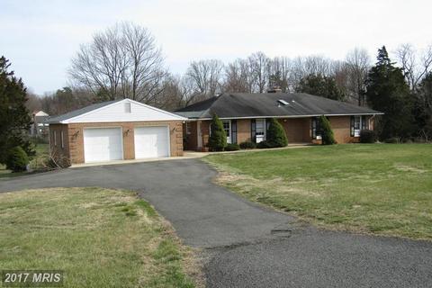 11015 Braddock Rd, Fairfax, VA 22030