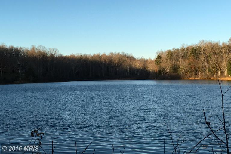 4062 Lake Killarney, Gum Spring, VA 23065