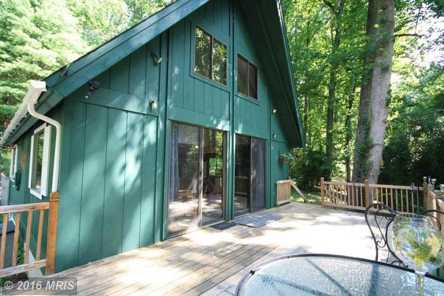 326 Wilderness Ln, Stanardsville, VA 22973