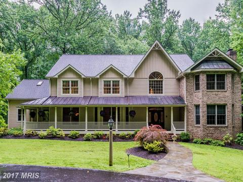 13815 Lakeside Dr, Clarksville, MD 21029