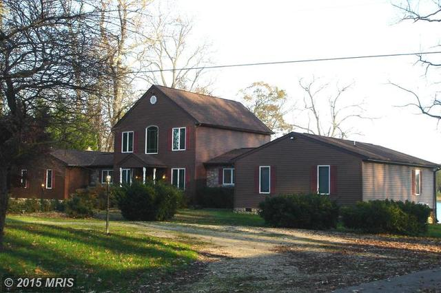 16136 Brickhouse Rd, King George VA 22485