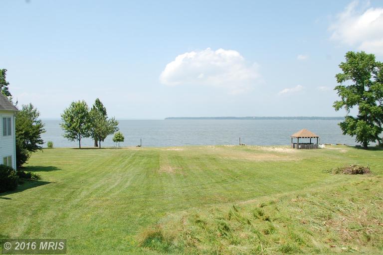 17 Potomac Landing Drive, King George, VA 22485