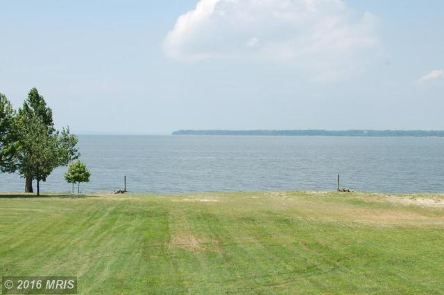 17 Potomac Landing Dr, King George, VA 22485