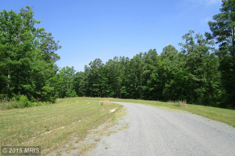 2 Dove Hollow, Louisa, VA 23093
