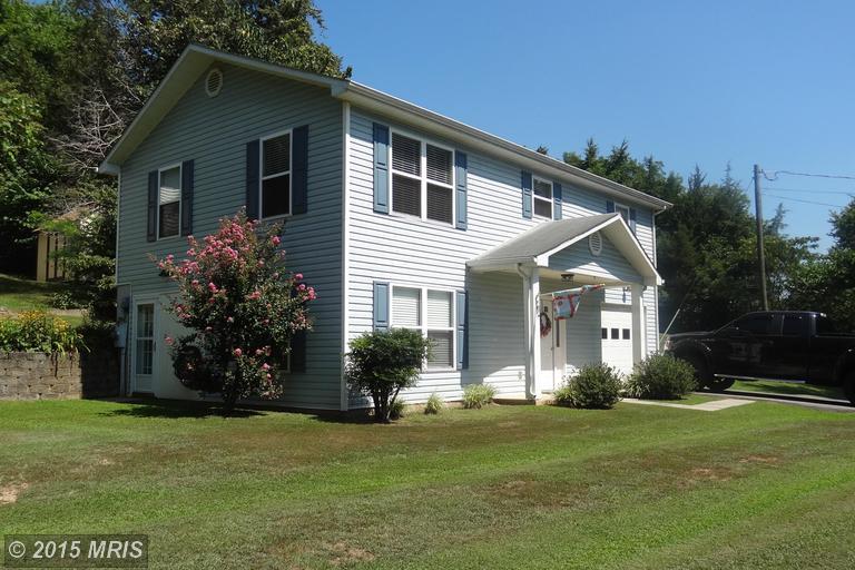 516 Lakeshore Drive, Louisa, VA 23093