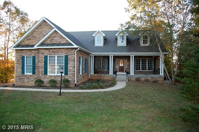 403 Catamaran Ct, Bumpass, VA