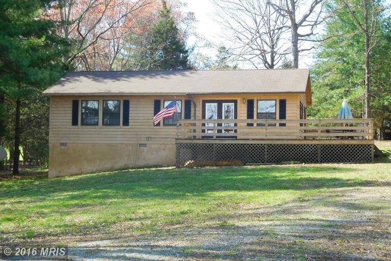 280 Pleasants View Pt, Bumpass, VA