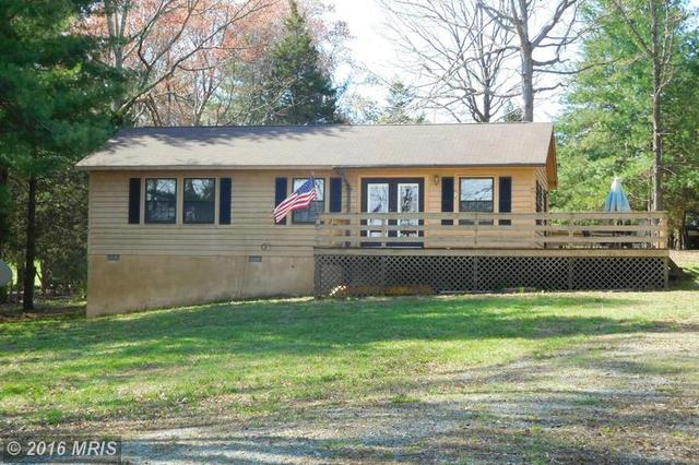 280 Pleasants View Pt, Bumpass, VA
