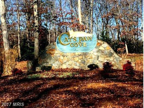 40 Oak Grove Dr, Mineral, VA 23117