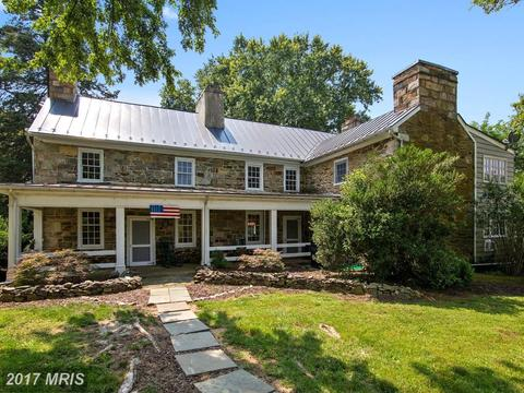 19397 Colchester Rd, Purcellville, VA 20132