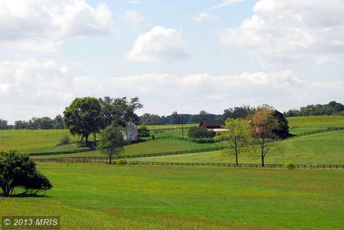 Fred Warren Lane, Middleburg, VA 20117