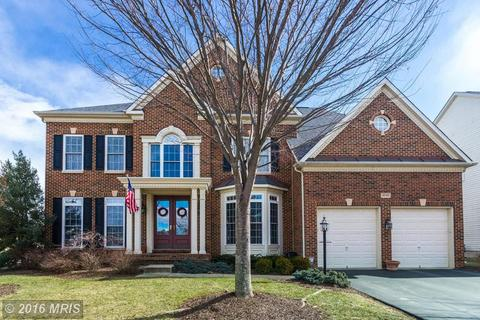 25736 Celbridge Way, Chantilly, VA 20152